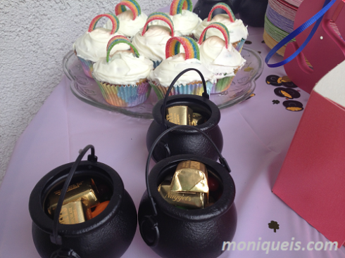 Rainbow Cupcakes and Pots of Gold